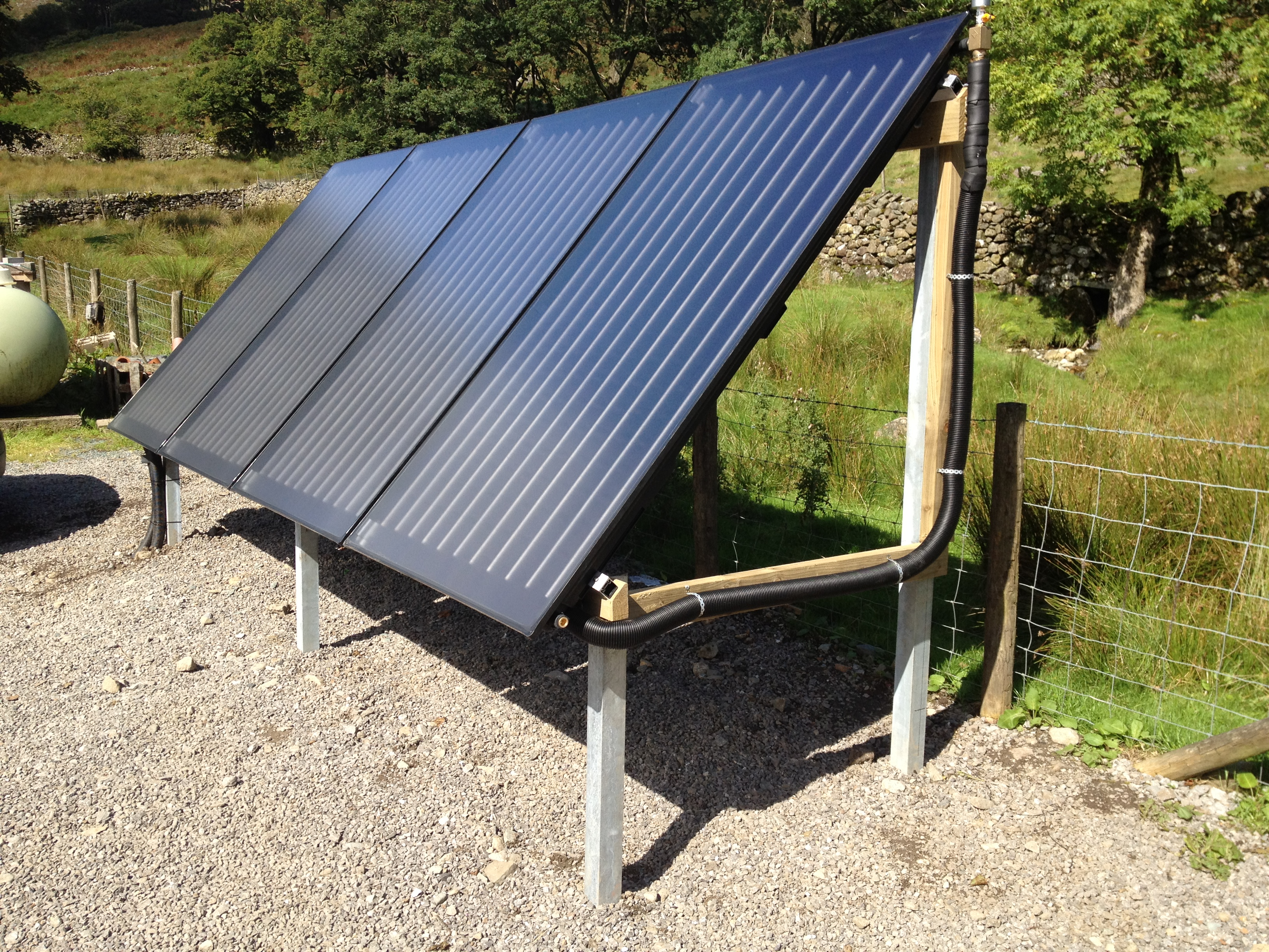 SOLAR WATER HEATING INSTALLATION - Glaramara House